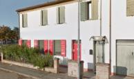 vendesi ferrara via bologna porzione di casa indipendente sita al piano terra uso ufficio